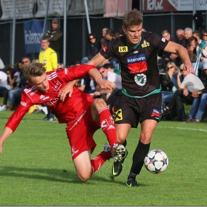 Steven Nenning schoss das 1:0 für Lauterach beim 3:0 Sieg gegen Andelsbuch