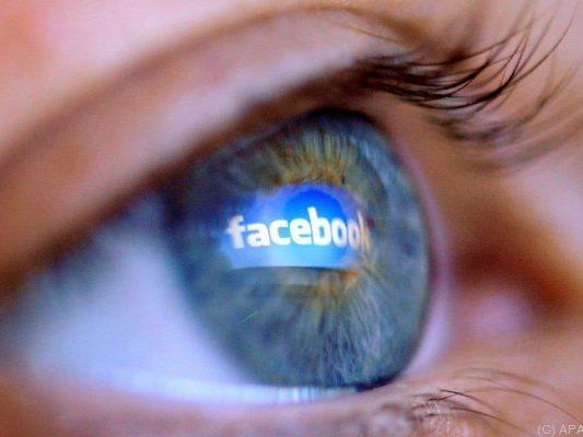 Facebook durchsucht User-Inhalte auf Kinderpornos