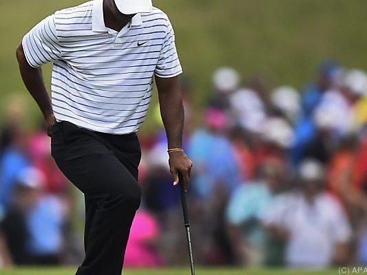 Woods mit Rückenproblemen
