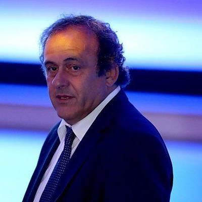 Michel Platini beugt sich Blatters Übermacht
