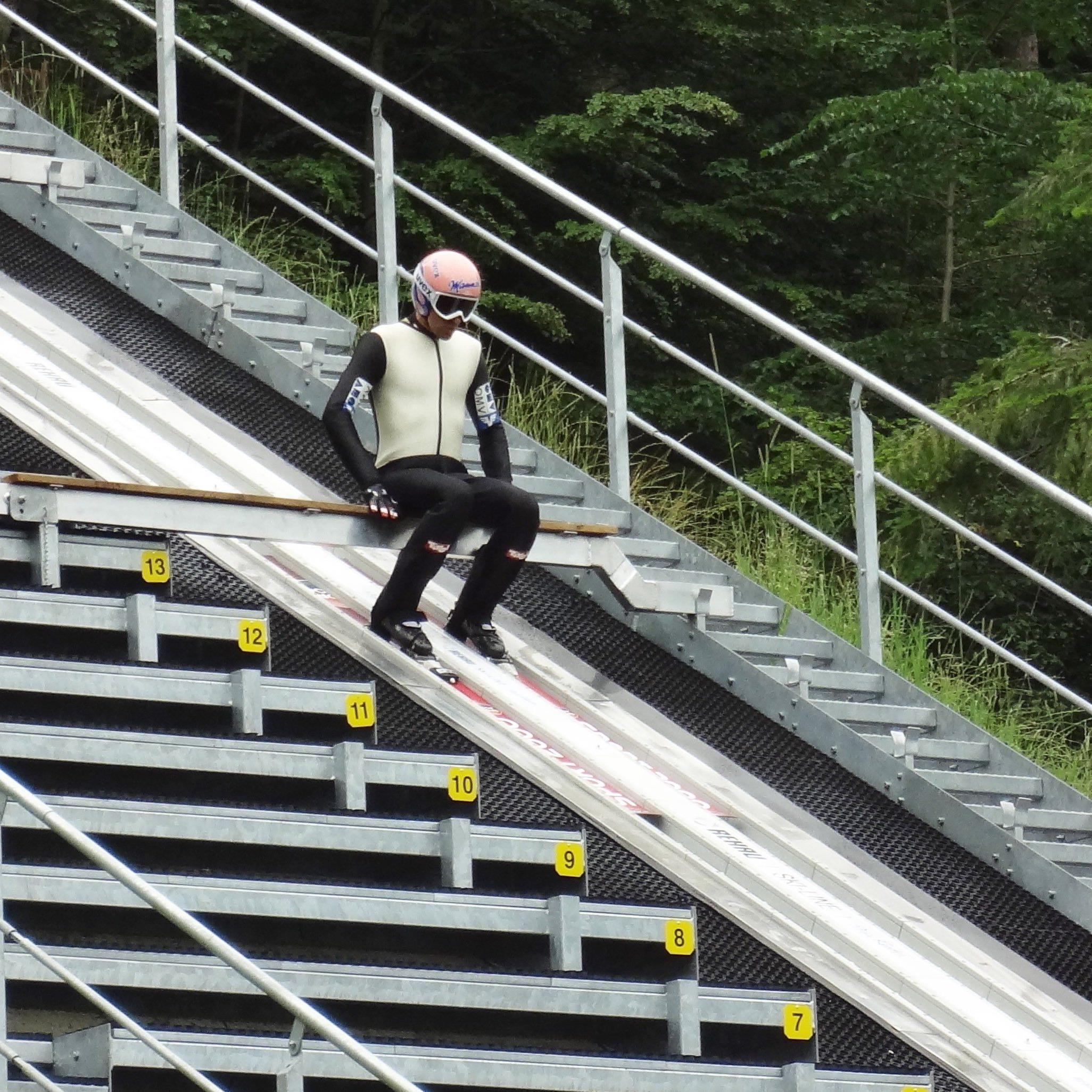 Skisprung-Ass Andreas Kofler trainiert im Montafon.