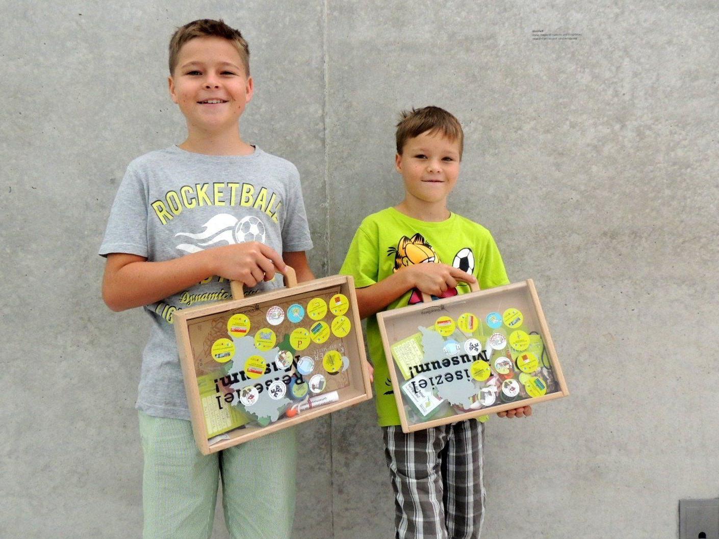 Jan und Max aus Wolfurt besuchten zum ersten Mal das Kunsthaus