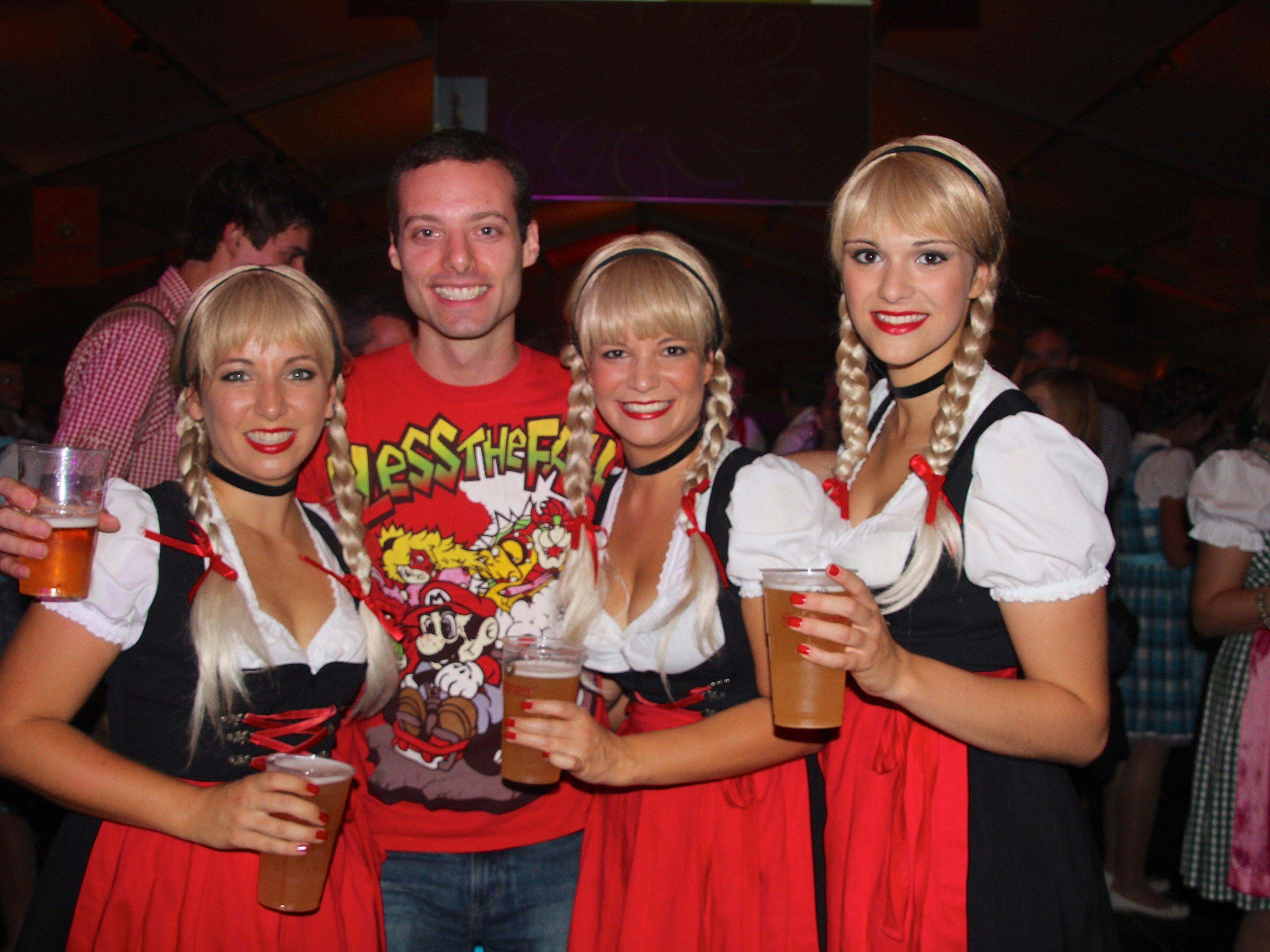 Martin aus Frastanz freut sich bereits wieder auf das nächste Drei-Schwestern-Clubbing im Festzelt.