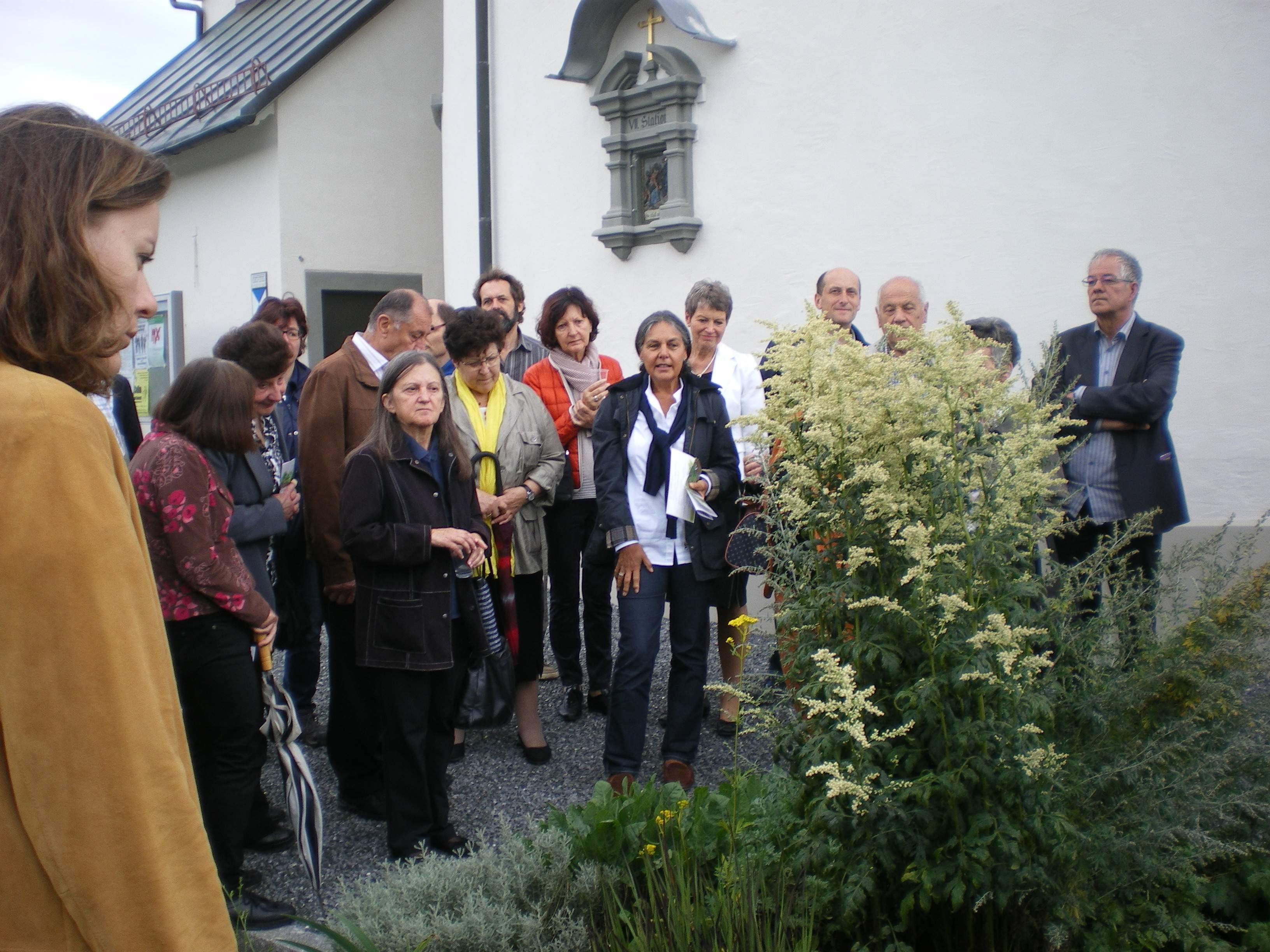 Großes Interesse an der Präsentation des neuen Flyers zum Mariengarten.