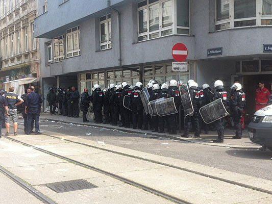 Beim Polizeieinsatz bei der Räumung der Pizzeria Anarchia