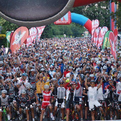 1300 Starter, so viele Teilnehmer wie noch nie nehmen am Sonntag den Highlander in Angriff.