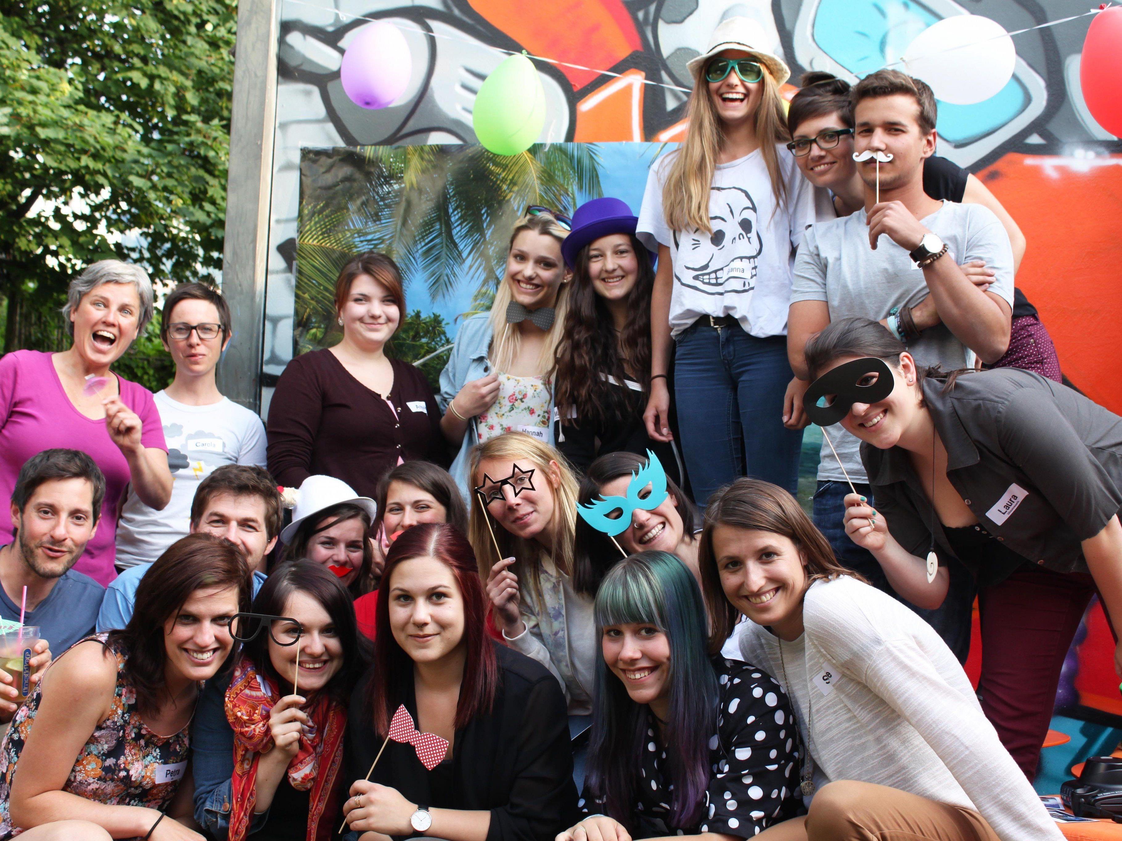 Jugendliche und ihre Belange stehen bei aha - Tipps & Infos für junge Leute das ganze Jahr über im Fokus.