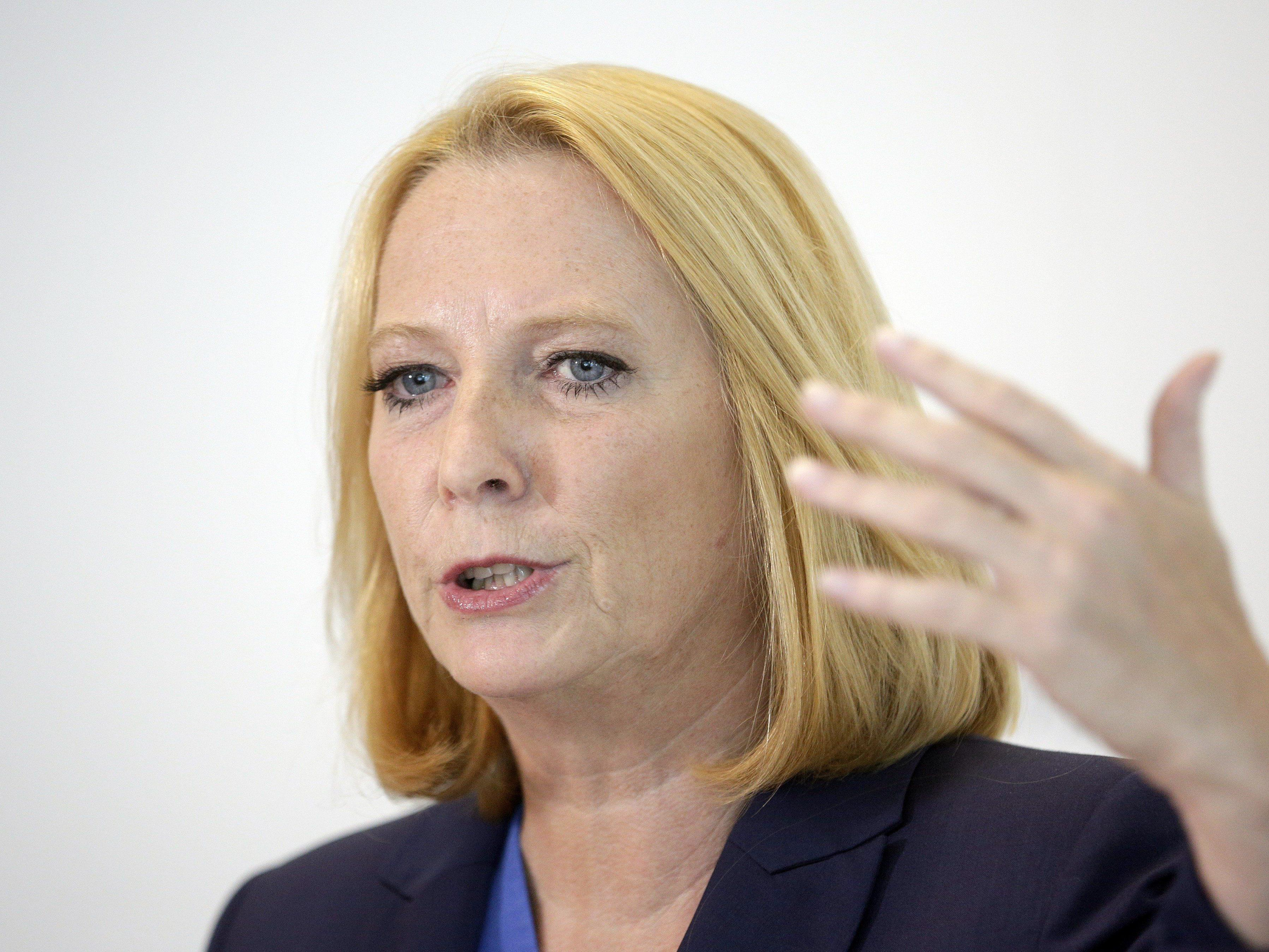 Doris Bures: Faymanns starke Frau soll neue Nationalratspräsidentin werden.