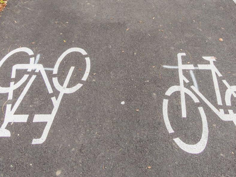 Beide Fahrradfahrer kamen zu Sturz
