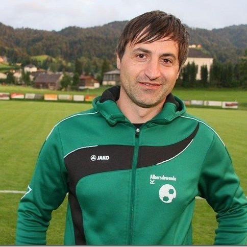 Alberschwende Langzeitcoach Goran Milovanovic will mit seiner Truppe ins Halbfinale.