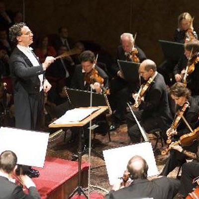 Wiener Symphoniker unter Ulf Schirmer mit nicht Alltäglichem von Lehar und Zemlinsky.