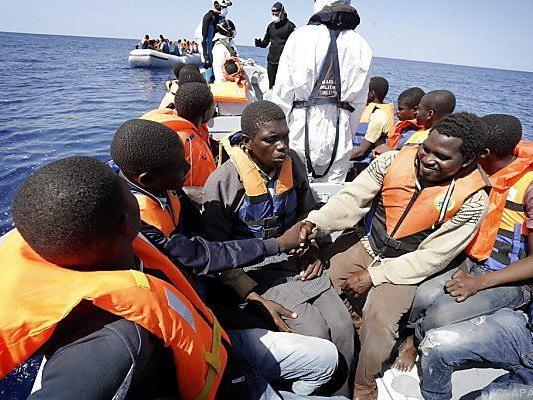 Viele flüchten über das Mittelmeer