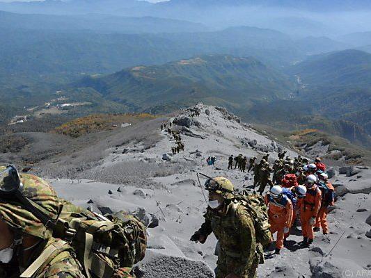 Am Gipfel liegen noch weitere 27 Opfer