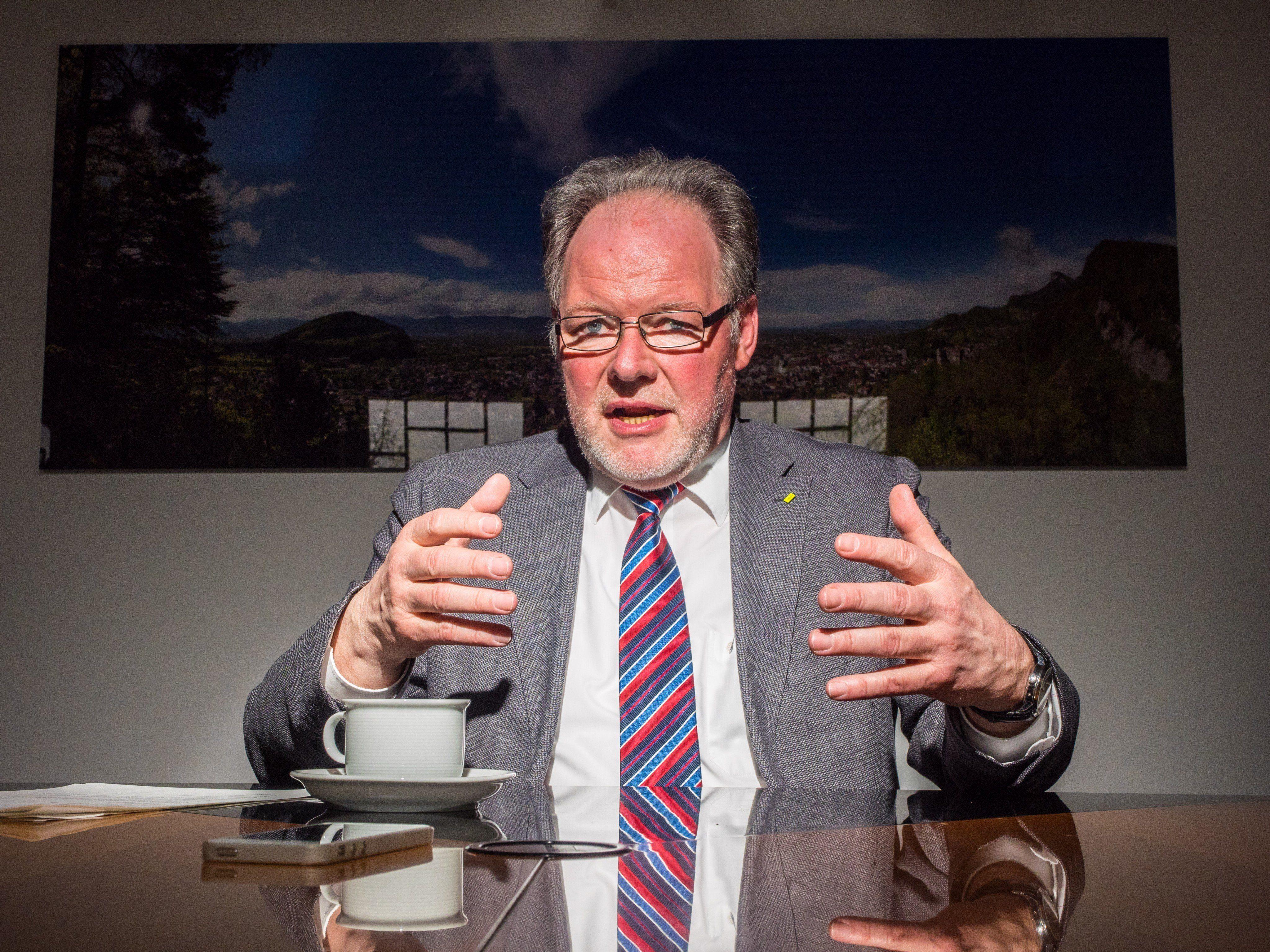 Die Ära von Werner Huber als Götzner Gemeindeoberhaupt endet am Montag mit der Neuwahl des Bürgermeisters.
