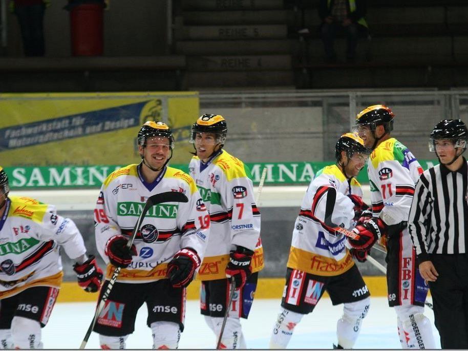 Die VEU Feldkirch will im letzten Test vor der Meisterschaft oft jubeln.