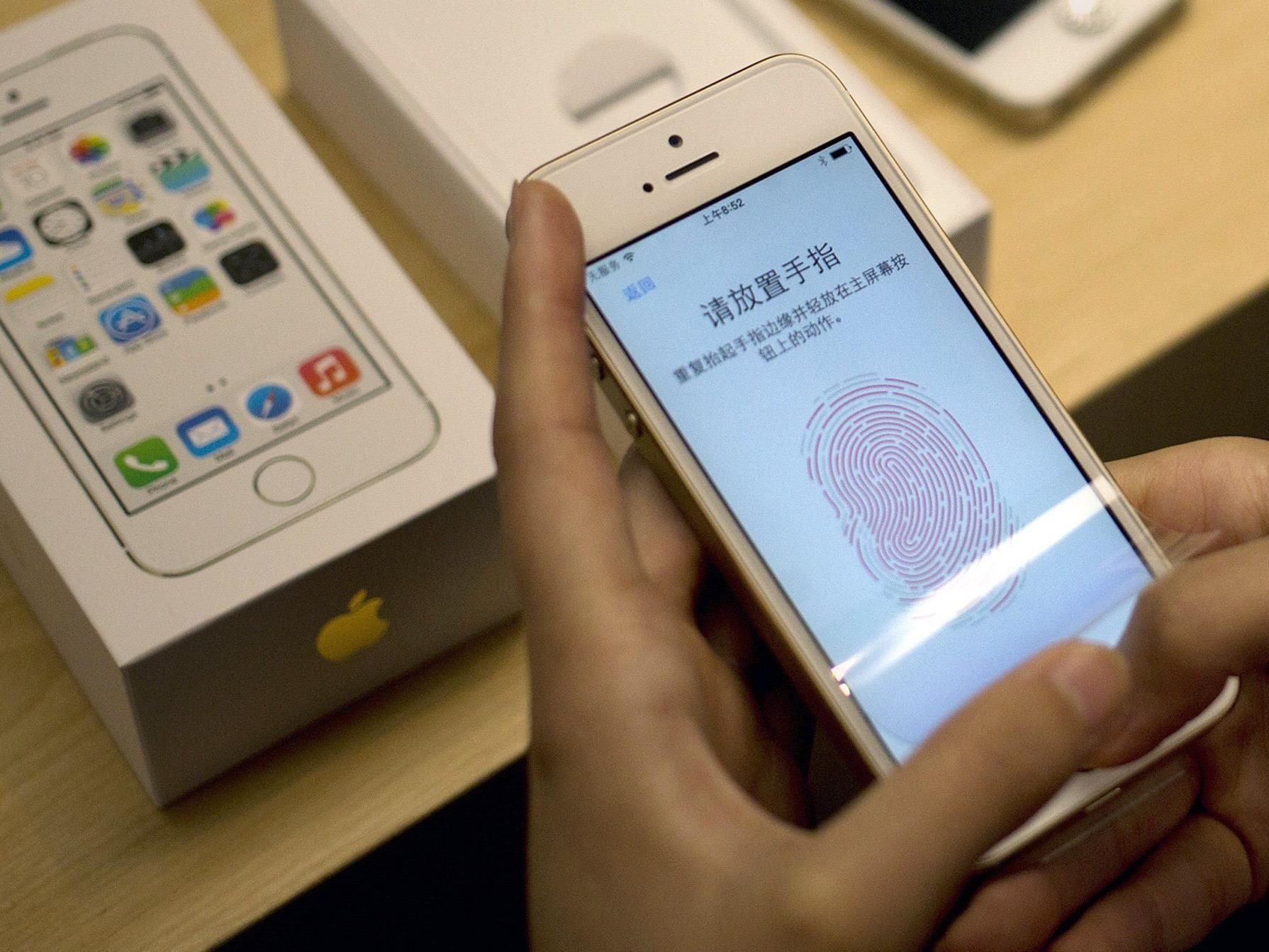 Bloomberg: Nutzer soll per Fingerabdruck Zahlung bestätigen.