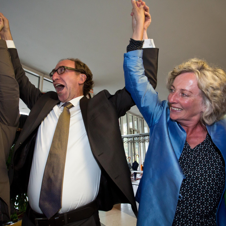 Die Grünen feierten die überragenden Wahlergebnisse ausgelassen.