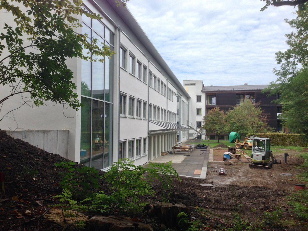 Kleinere Arbeiten an der Außenfassade werden in den nächsten Tagen noch ausgeführt.
