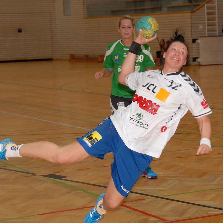 Feldkirchs Handballdamen holten in Korneuburg einen Punkt.