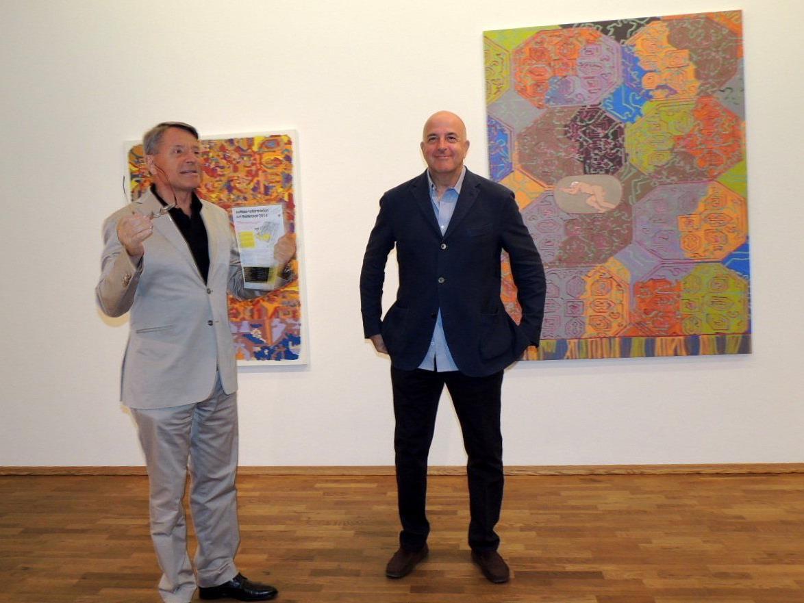 Herbert Alber begrüßte Künstler Hubert Schmalix in der Galerie Arthouse