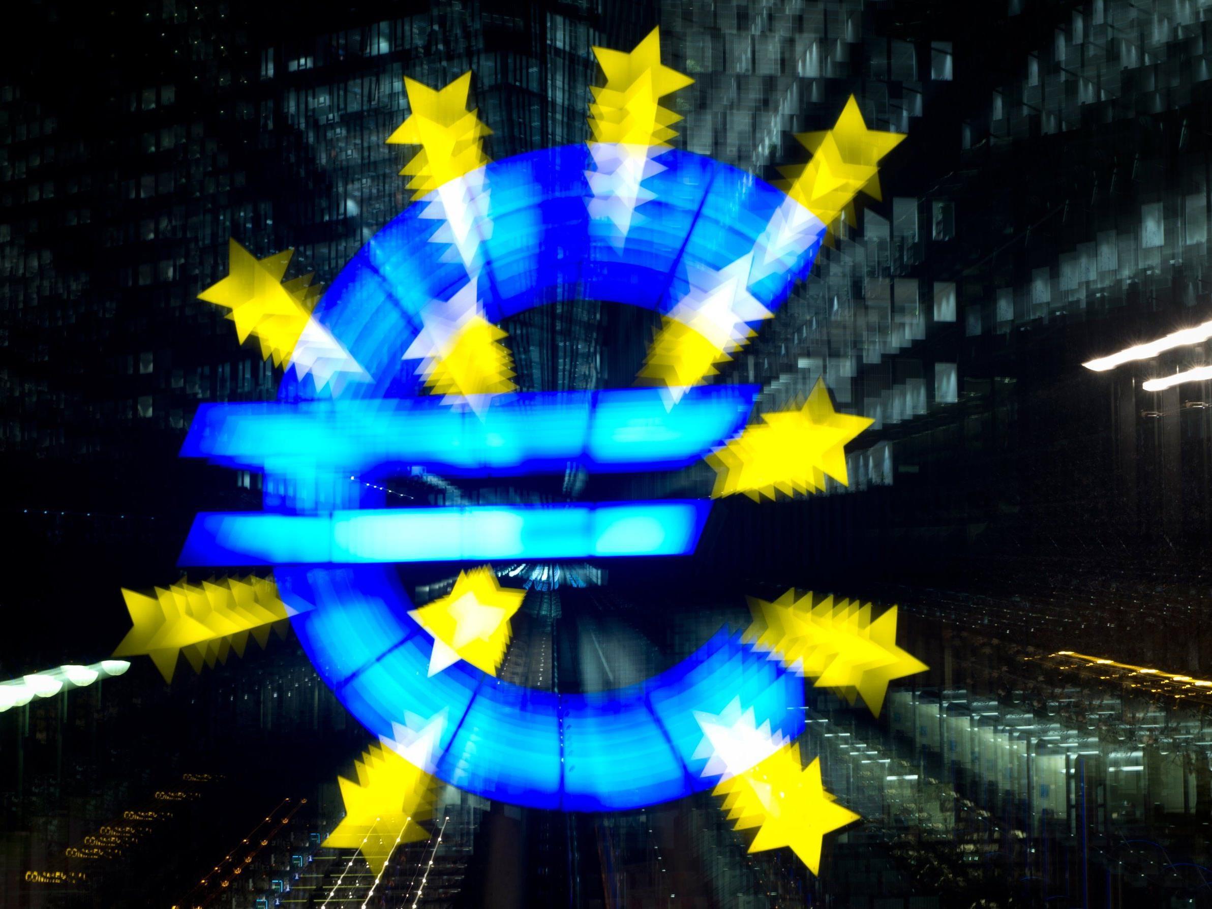 EZB legt neues Anti-Krisenpaket auf und schafft Leitzins quasi ab