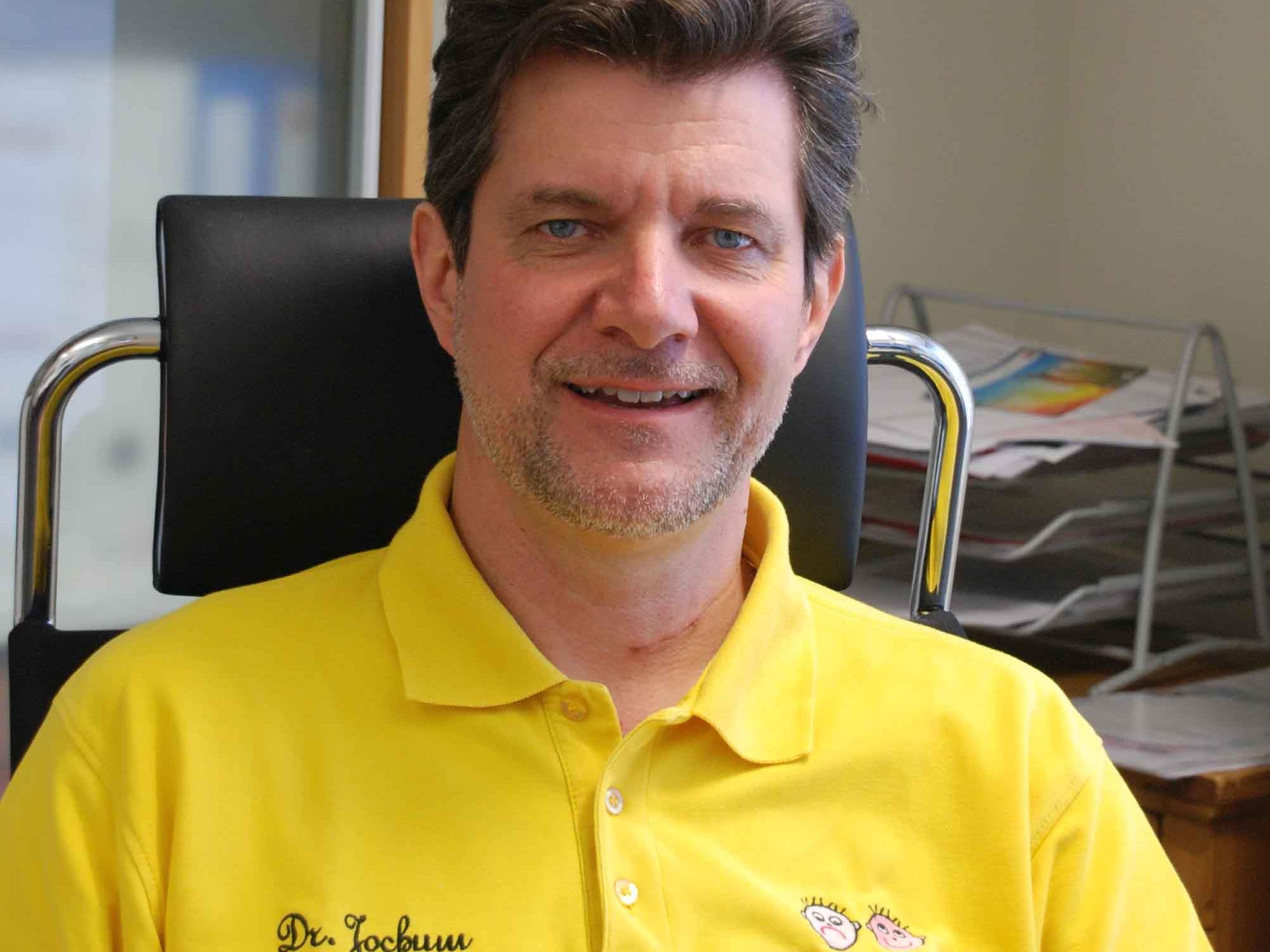Dr. Bernhard Jochum