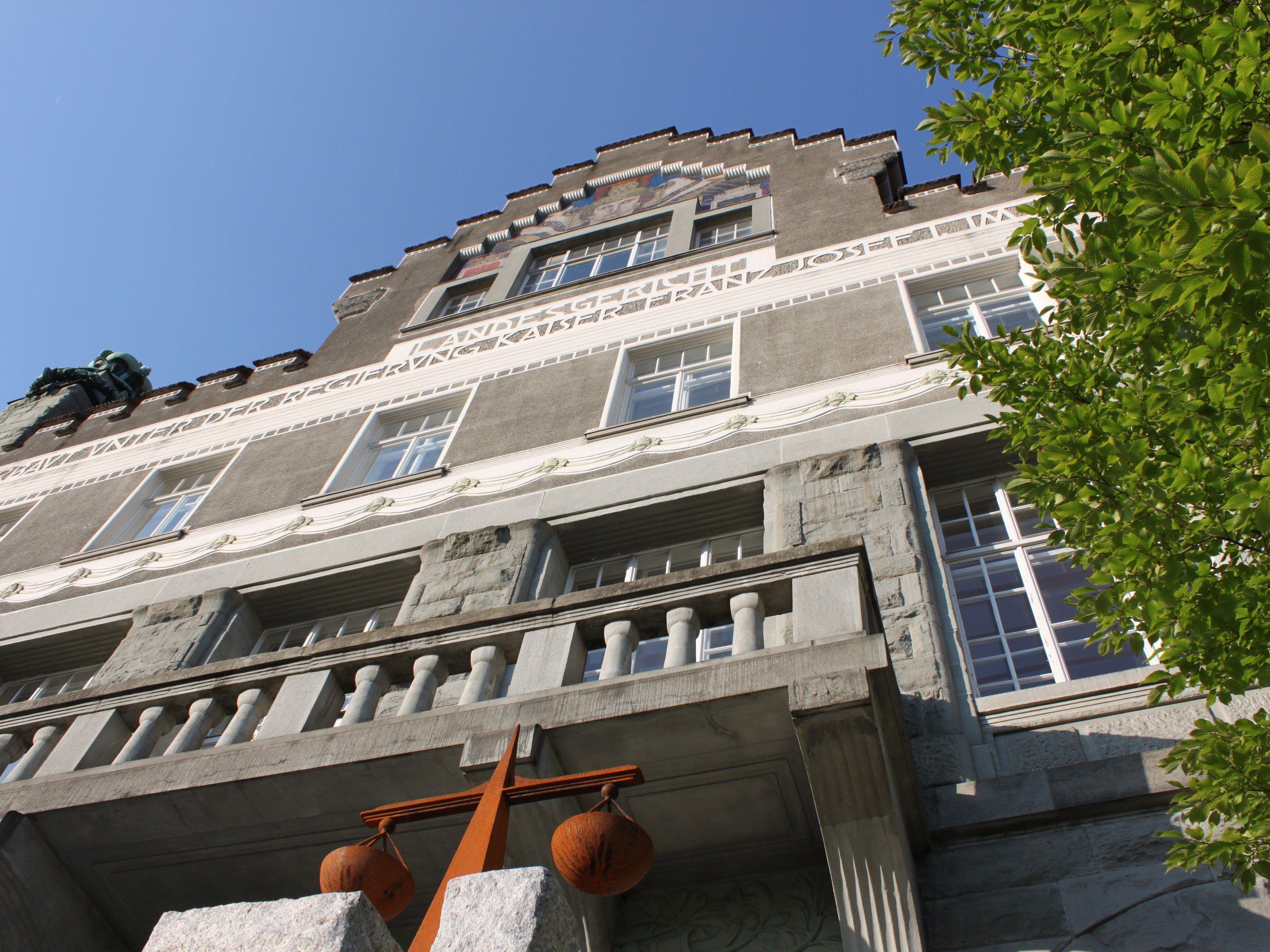 Mordprozess am Landesgericht Feldkirch gegen 19-jährigen Asylwerber.