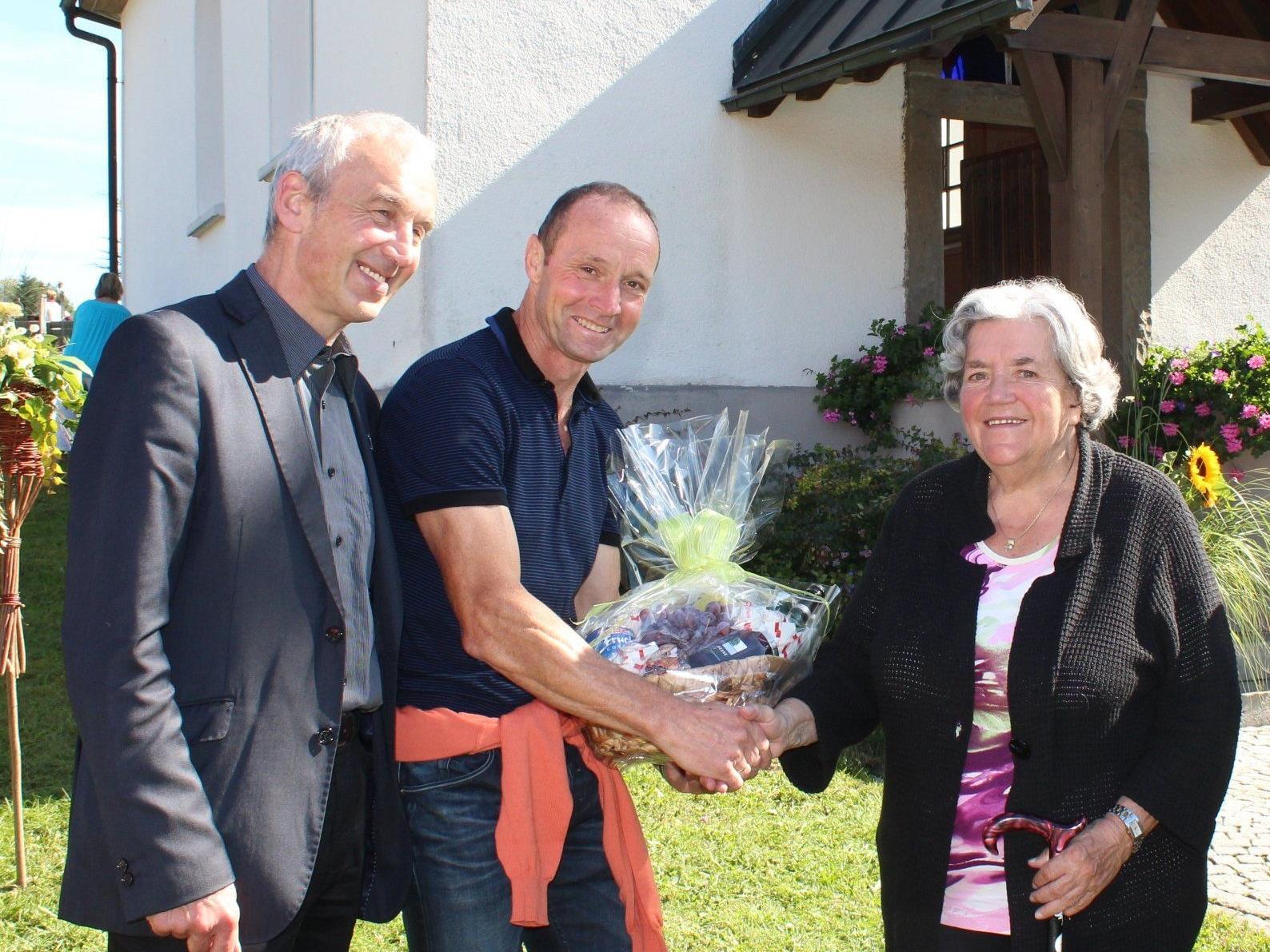 Pfr. Paul Burtscher, Wolfgang Greif und Lydia Zündel.