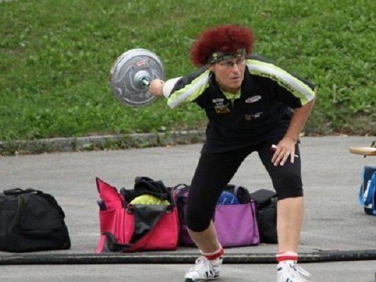 Damenteam der PVÖ-Stockschützen halten mit Männer mit