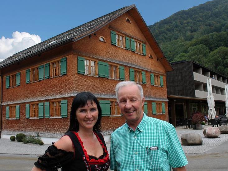 """Mit Natalie Lässer ist Interims-Geschäftsführer Gerhard Bischofberger bei der Suche nach einer neuen Leitung für die """"Sonne"""" in der eigenen Familie fündig geworden."""