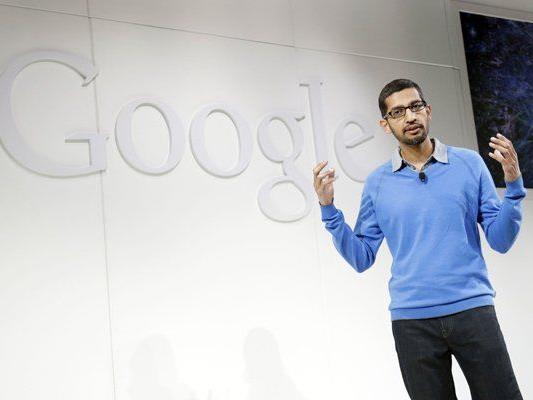 "Sundar Pichai, Senior Vize-Präsident bei Google, präsentiert ""Android One"" in Indien"