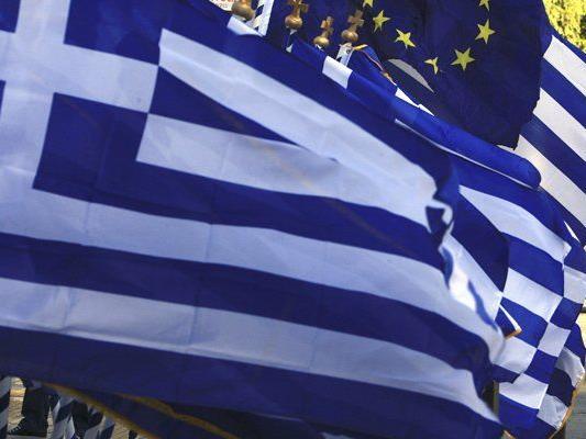 Griechen tarnen ihre Pools um keine Steuern zahlen zu müssen