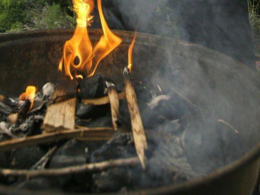 Brand im Abstellraum nach Grillerei in Schnepfau.