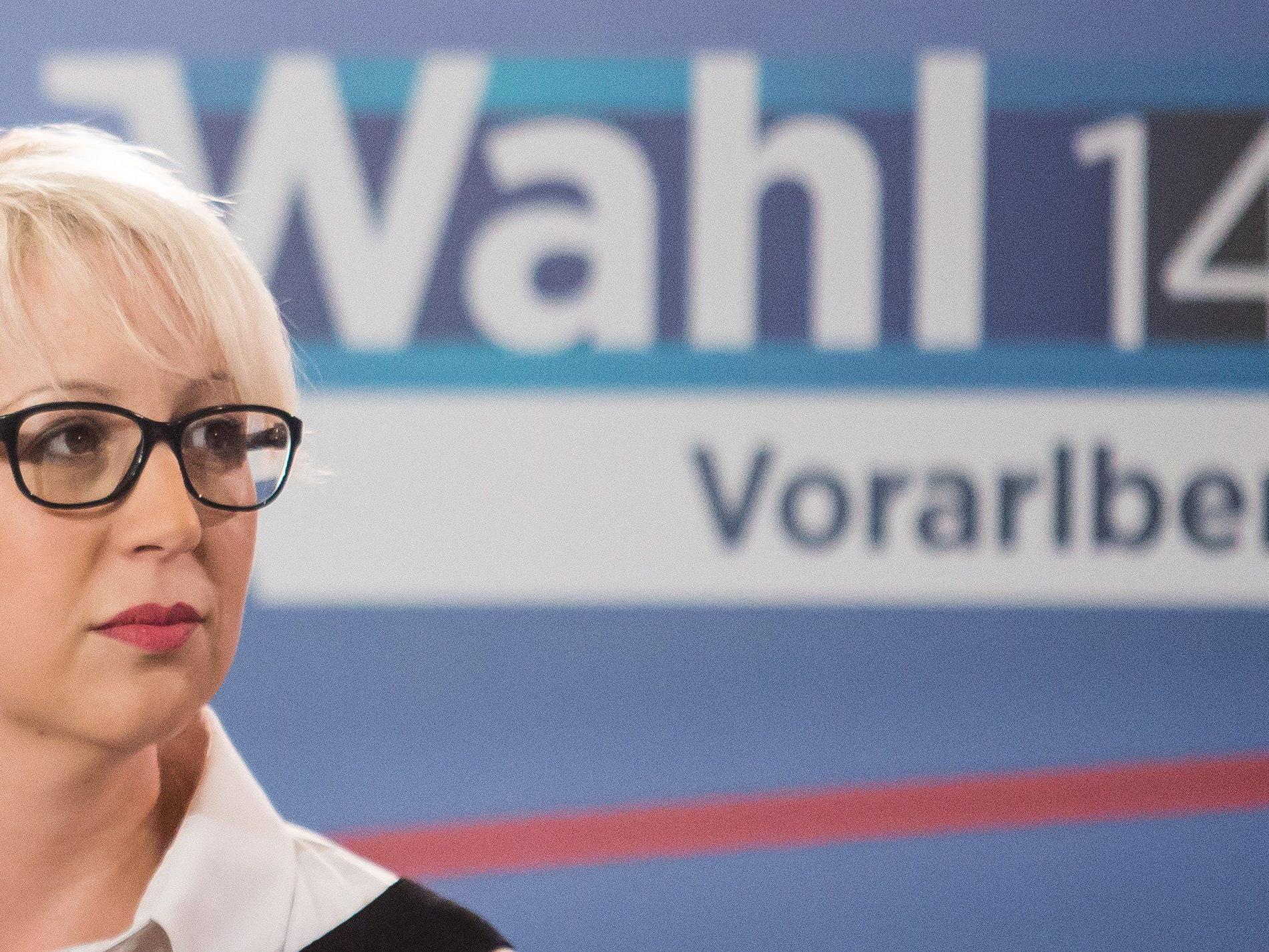 """Auch Scheffknecht gestand ein, dass sie als Neueinsteigerin im Wahlkampf die """"Regeln der Politik manchmal auch hart kennengelernt"""" habe."""