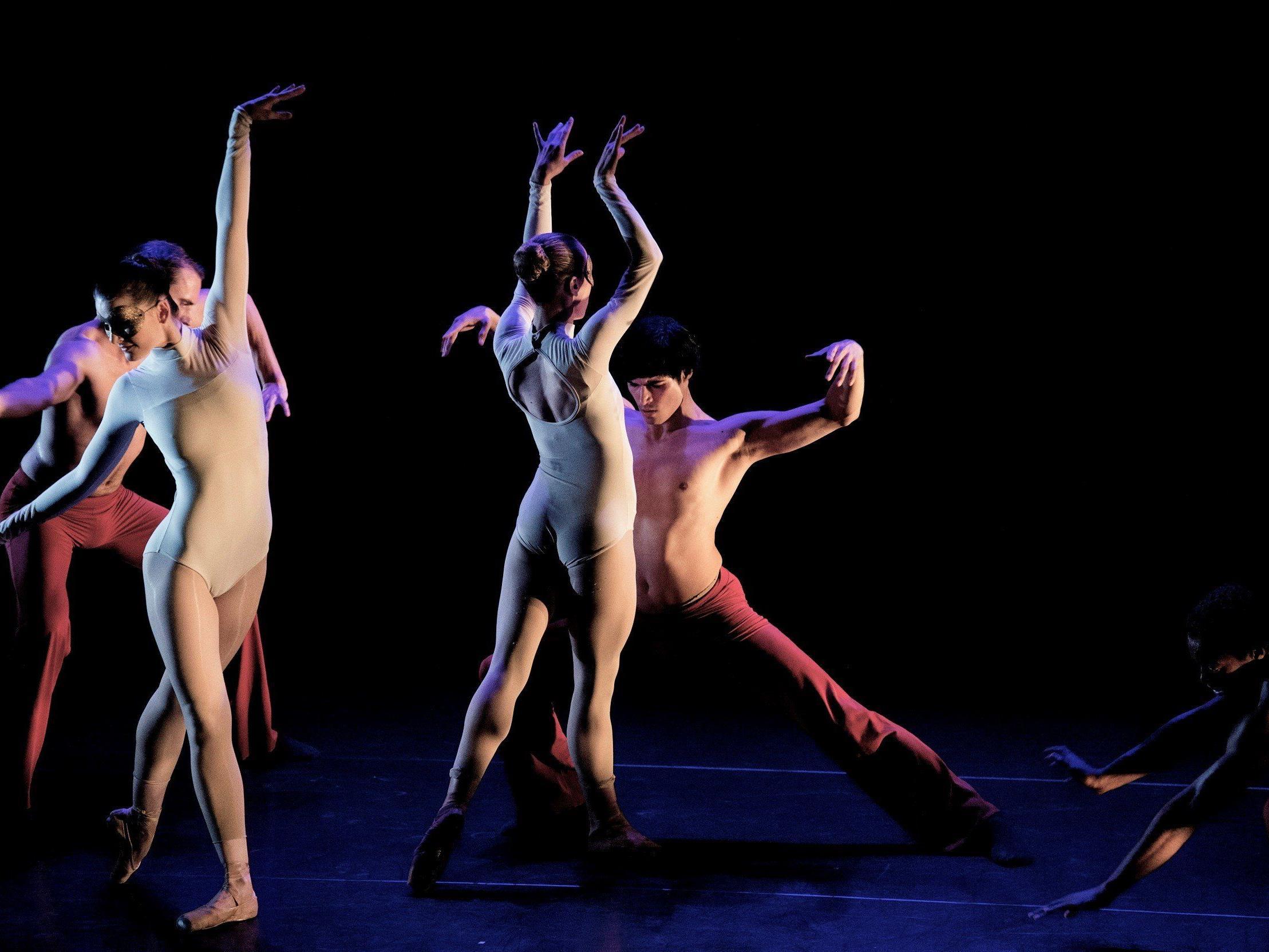Tanzkunst in Vollendung mit Züricher Balletttruppe Pizzi.
