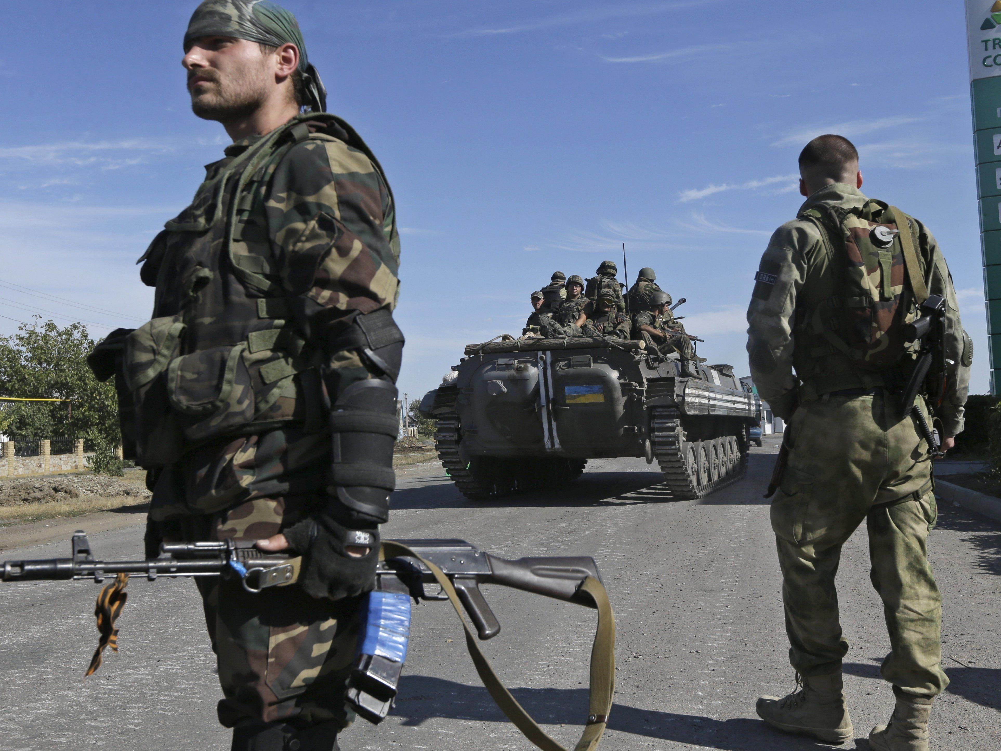 Rückzug: Ukrainische Armee gibt wichtigen Flughafen von Luhansk auf.
