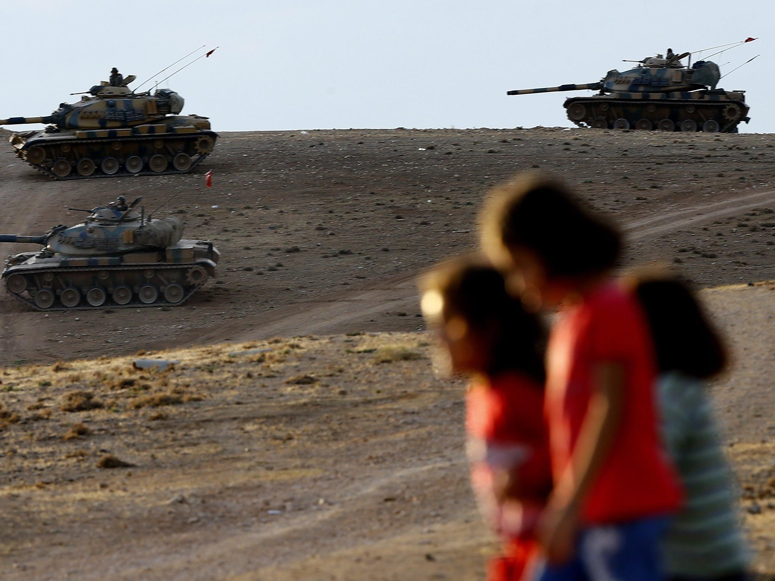 Parlament soll bis Samstag Angriffen gegen IS zustimmen.