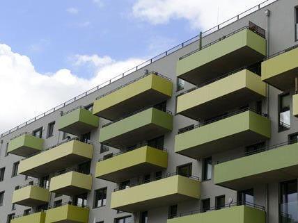 Sieben komplette Zinshäuser werden in Wien versteigert.