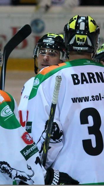Zwei Tore von Scott Barney reichten dem EHC Lustenau nicht einmal zu einem Punkt.