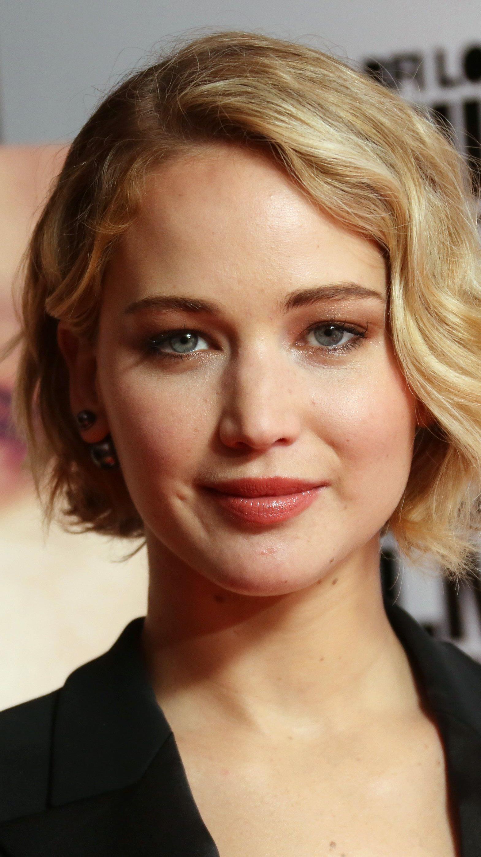 Jennifer Lawrence kommt nach Graz - Schauspieler Hemsworth und Boyband One Direction komplettieren Gästeliste