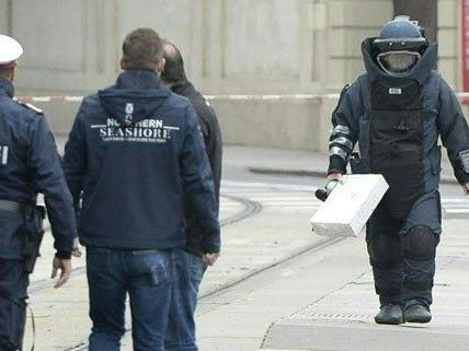 Entwarnung nach Bombenalarm an Wiener Schwarzenbergplatz