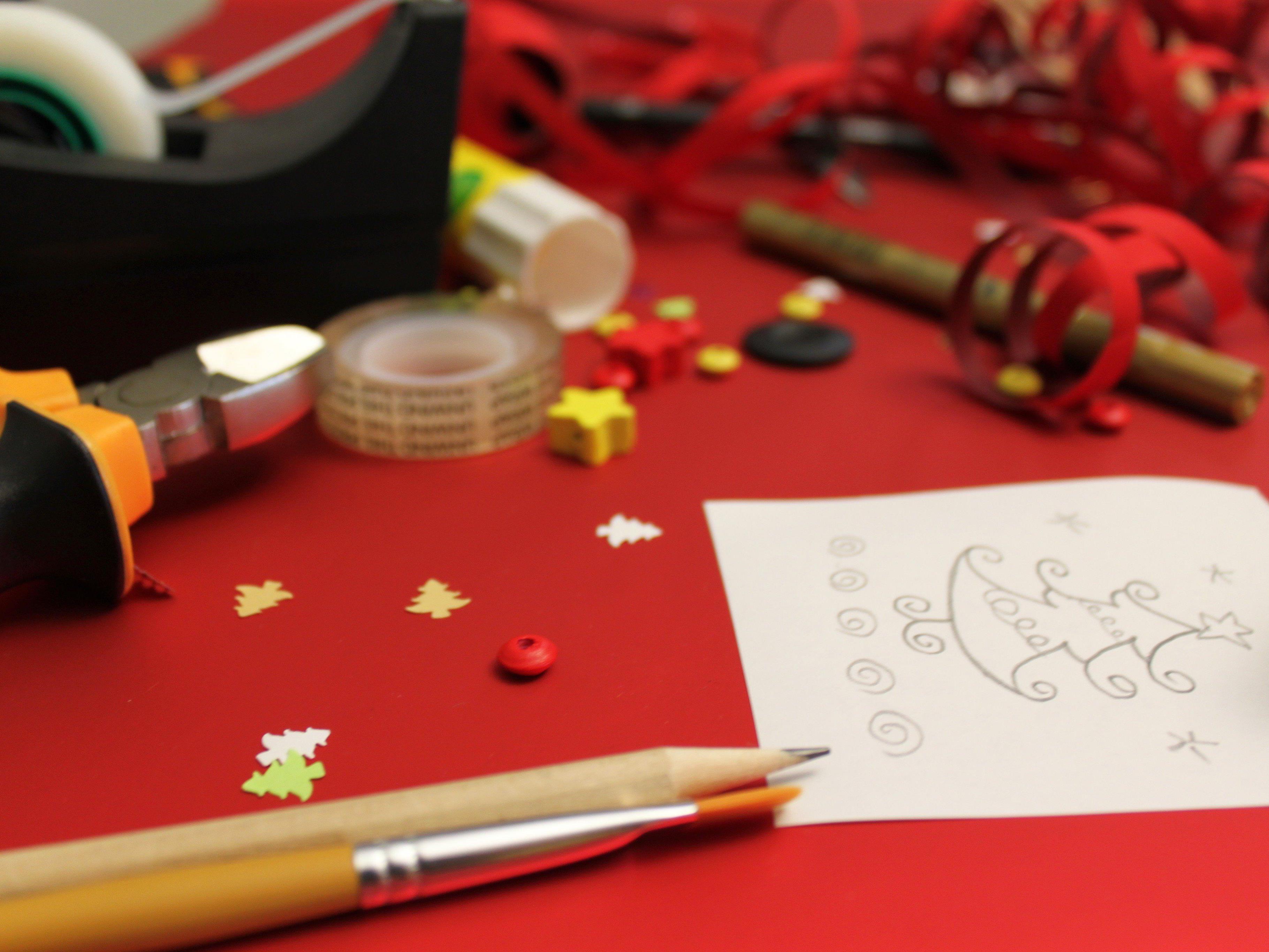 Basteln, backen, bauen – kreative Ideen für den Online-Adventkalender gesucht!