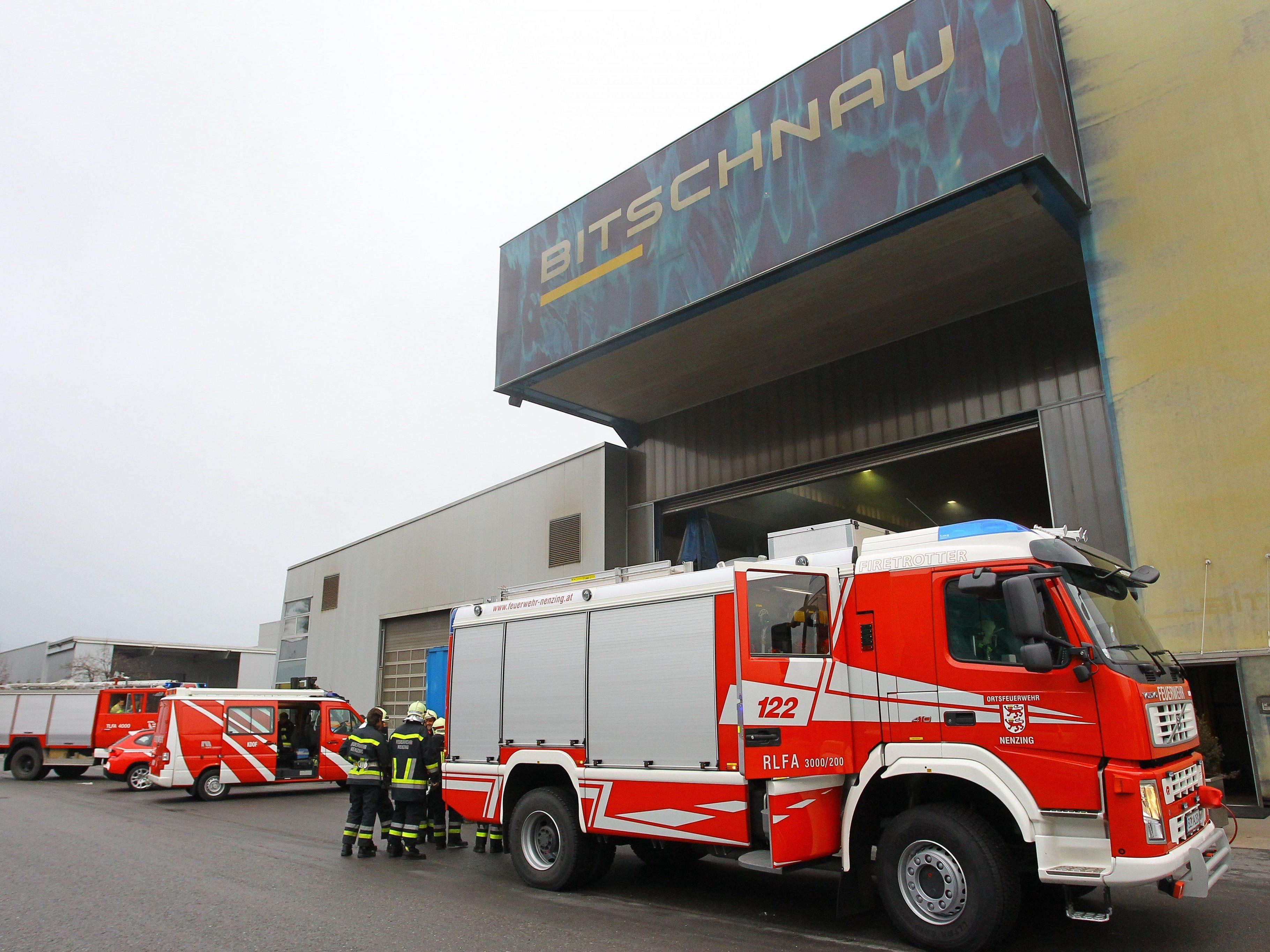 Feuer am Dach beim Stahl- und Anlagenbauunternehmen Bitschnau GmbH.