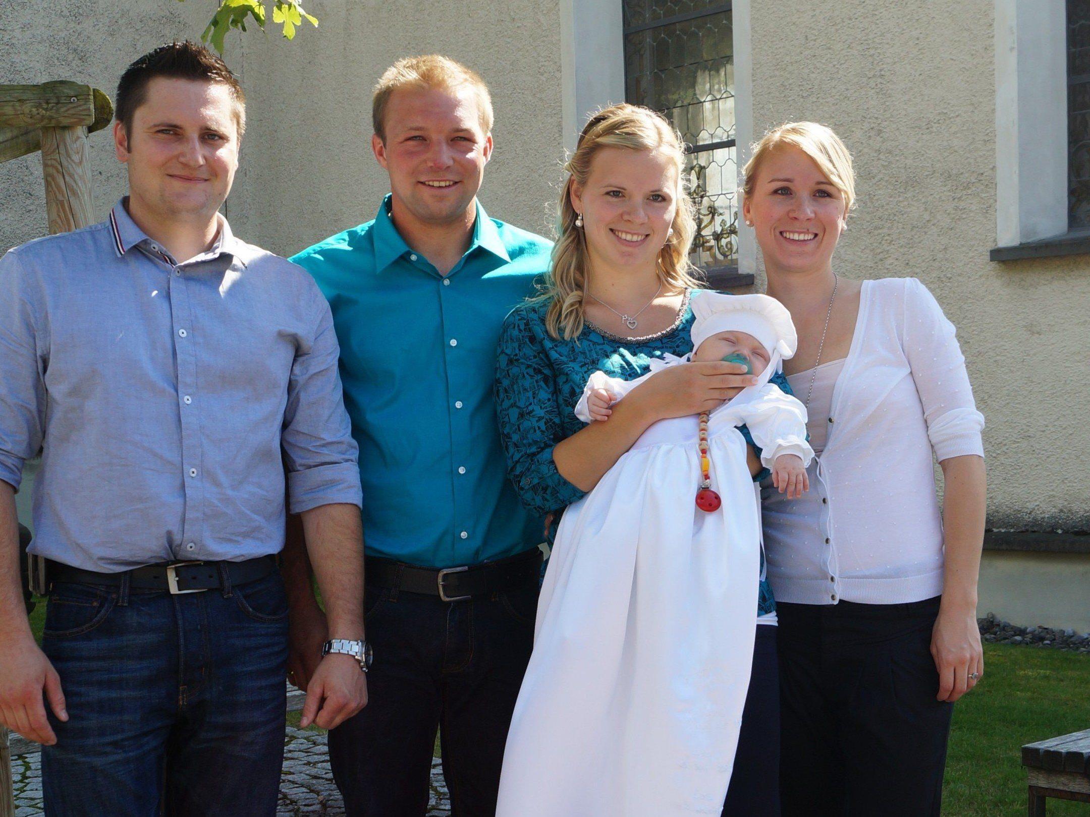 Taufe von Emilie Mähr aus Düns.