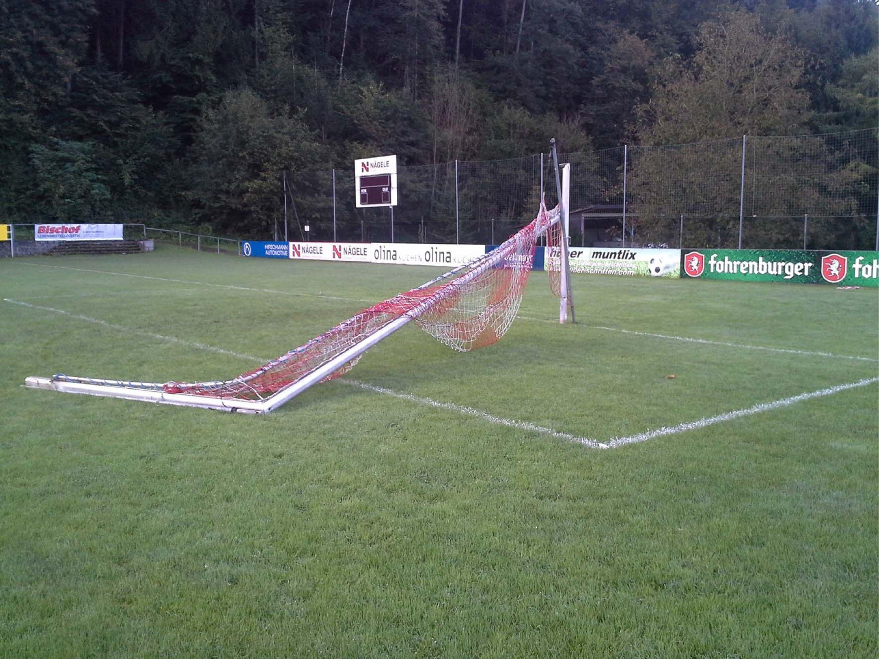 Das beschädigte Tor auf der Rankweiler Gastra