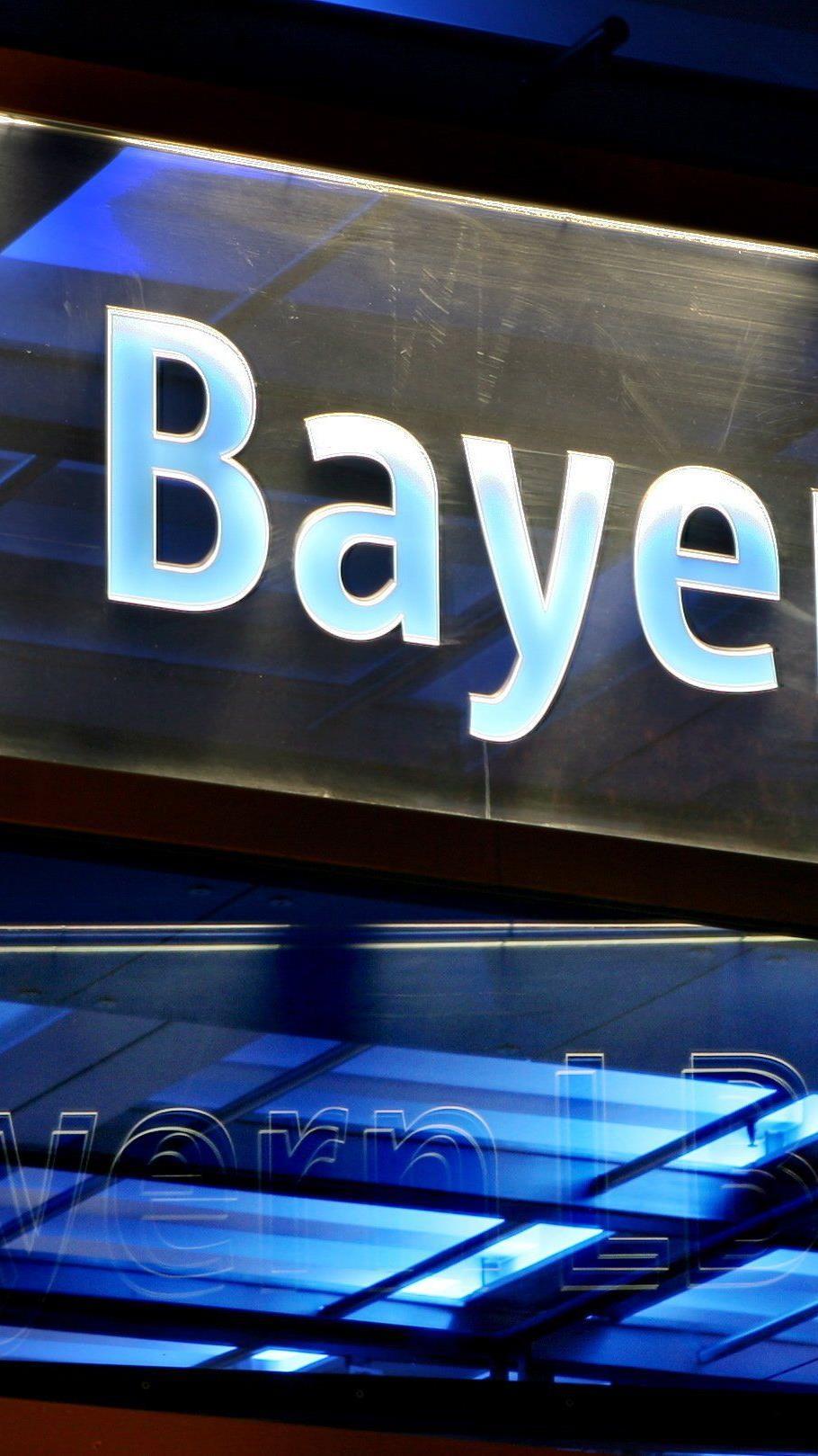 """Bayerns Finanzminister Söder warnt vor """"politischer Krise"""" in Österreich."""
