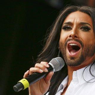 """Heuer wird Conchita Wurst den """"Licht ins Dunkel""""-Song performen."""