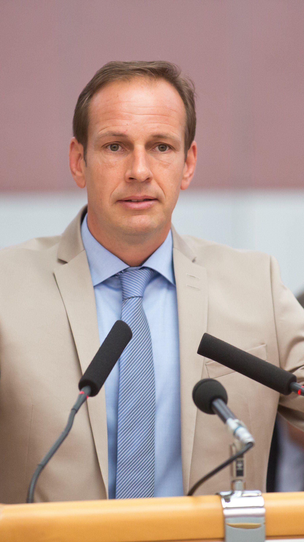 Dieter Egger sieht in der Bestellung Sondereggers ein falsches Signal an die Frauen in der Politik.