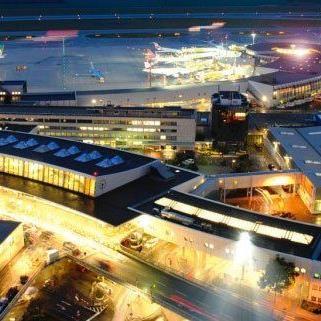 Die passagierzahlen am Wiener Flughafen sind gestiegen.