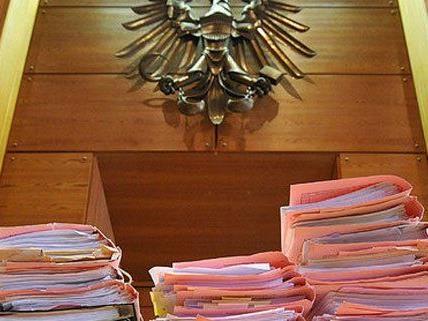 Das hohe Strafmaß für den Bankräuber ergab sich aus zahlreichen Vorstrafen.